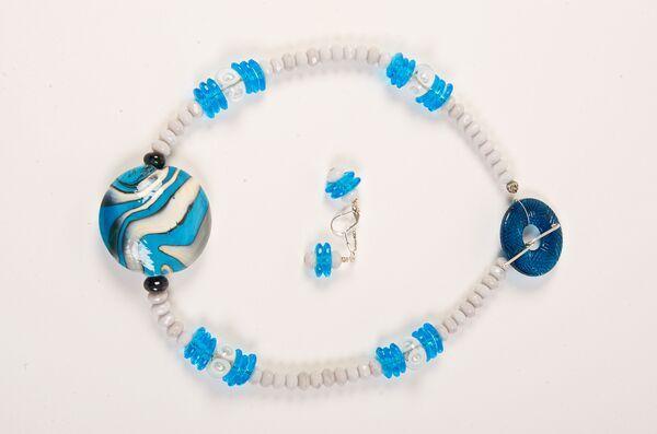 priscilla-beadle-blue-neckalce